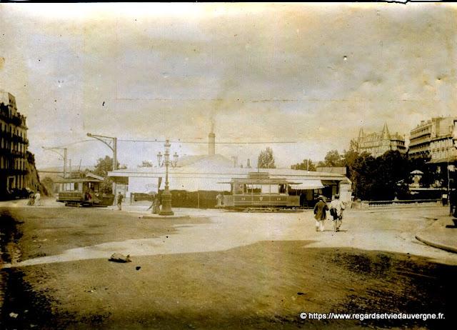 Le Tramway à Royat place Allard en 1894