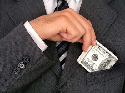 http://pedroitb.blogspot.com/2012/10/realidade-somos-mais-corruptos-que-os.html