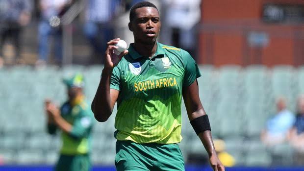 Lungi Ngidi ruled out due to knee injury