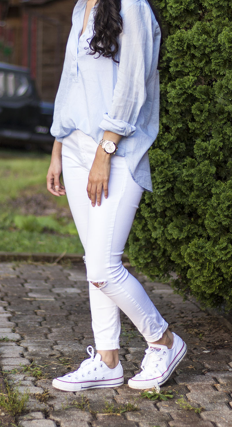 topshop white jeans converse white shoes outfit