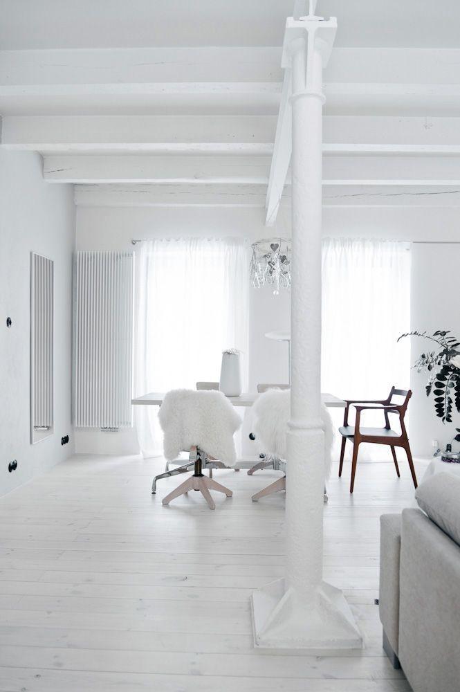 El color blanco es el protagonista de esta casa