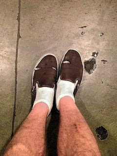 2) The white sock