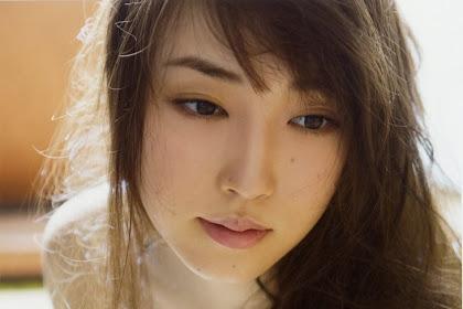 Fukumura Mizuki 4th Photobook - Hatachi (2017)