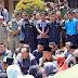 Anggota DPRD Sungai Penuh Rela Duduk Berpanasan Dilapangan Beraudiensi dengan Mahasiswa