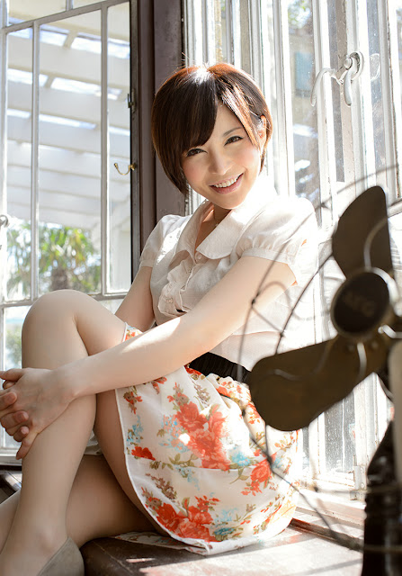 Satomi Yuria 里美ゆりあ Images 画像 18