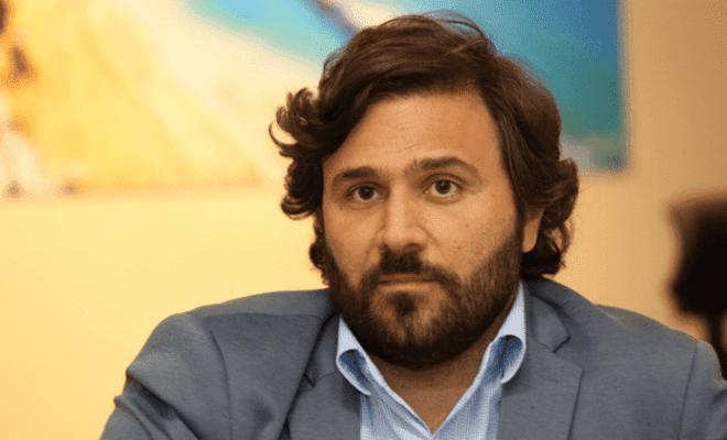 Rodrigo Novaes testa positivo e se isola para tratar coronavírus