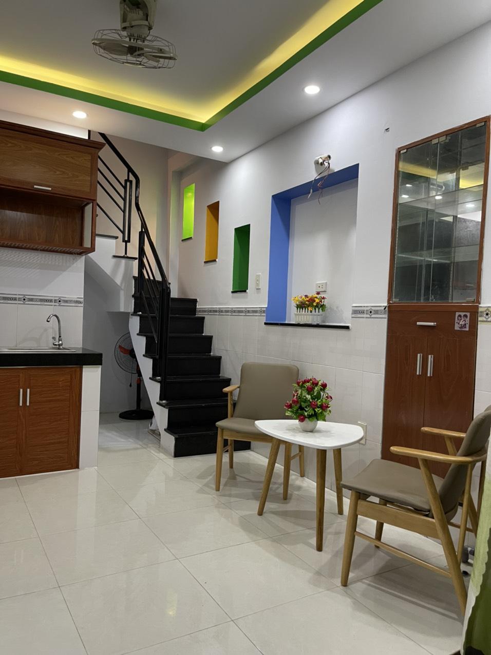 Bán nhà 2 lầu hẻm 4m Tân Kỳ tân Quý quận Tân Phú dưới 3 tỷ