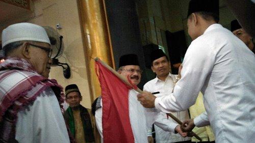 Padangpariaman Lepas 249 Calon Haji, Tertua 85 Tahun