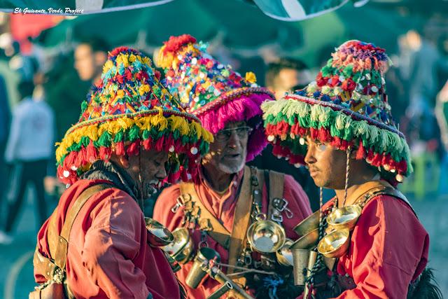 Marrakech, Aguadores en la Plaza Yamaa El Fna por El Guisante Verde Project