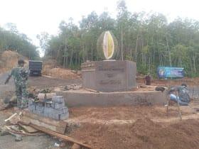 Kodim 1006/Mtp Tugu Durian di Desa Bi-ih, telah usai diselesaiakan