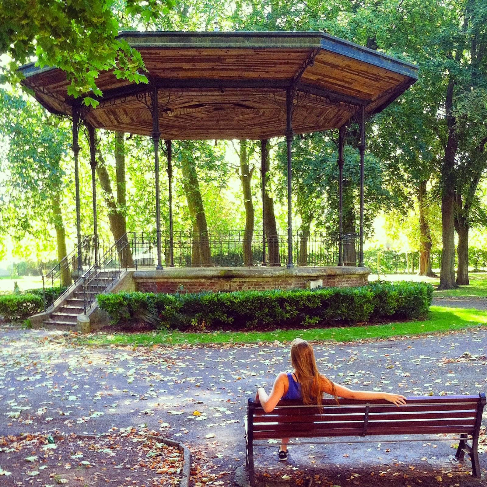 gazebo bench