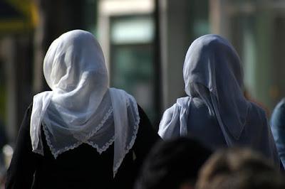 منع الحجاب في النمسا,الحجاب في المدارس,الإسلام في النمسا,الهجرة,اللجوء في النمسا,