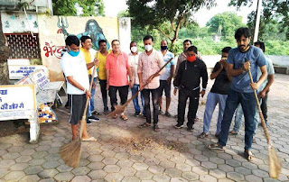 भाजपा ने सेवा सप्ताह अंतर्गत स्वच्छता अभियान चलाया