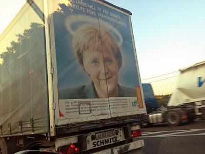 Lustige Werbung mit Politikern - Merkel an LKW