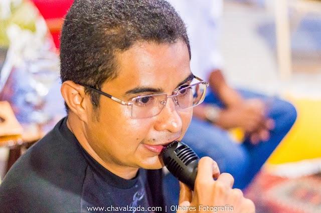 Escritor chavalense Marcello Silva lança seu novo livro as margens do Porto do Mosquito