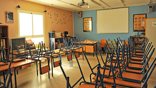 Teachers brave digital classrooms as coronavirus close schools
