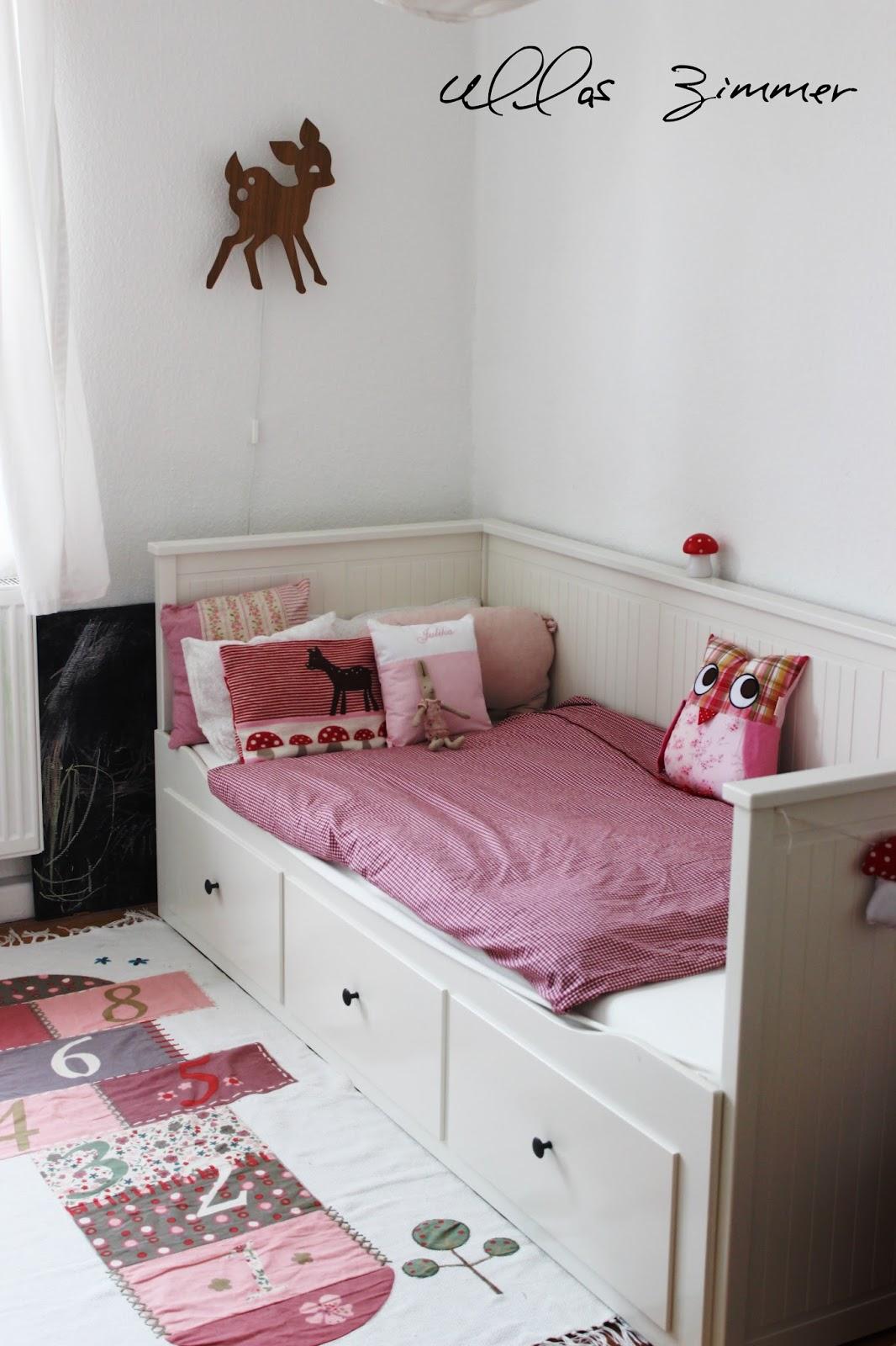 dekoration wohnzimmer bilder. Black Bedroom Furniture Sets. Home Design Ideas