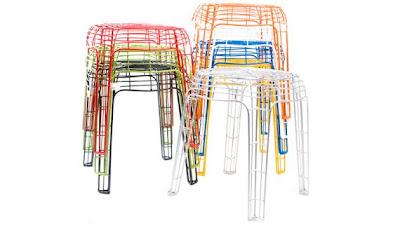 Diseño de silla con alambre de colores