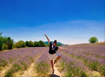 Dancing in the Sault lavender fields