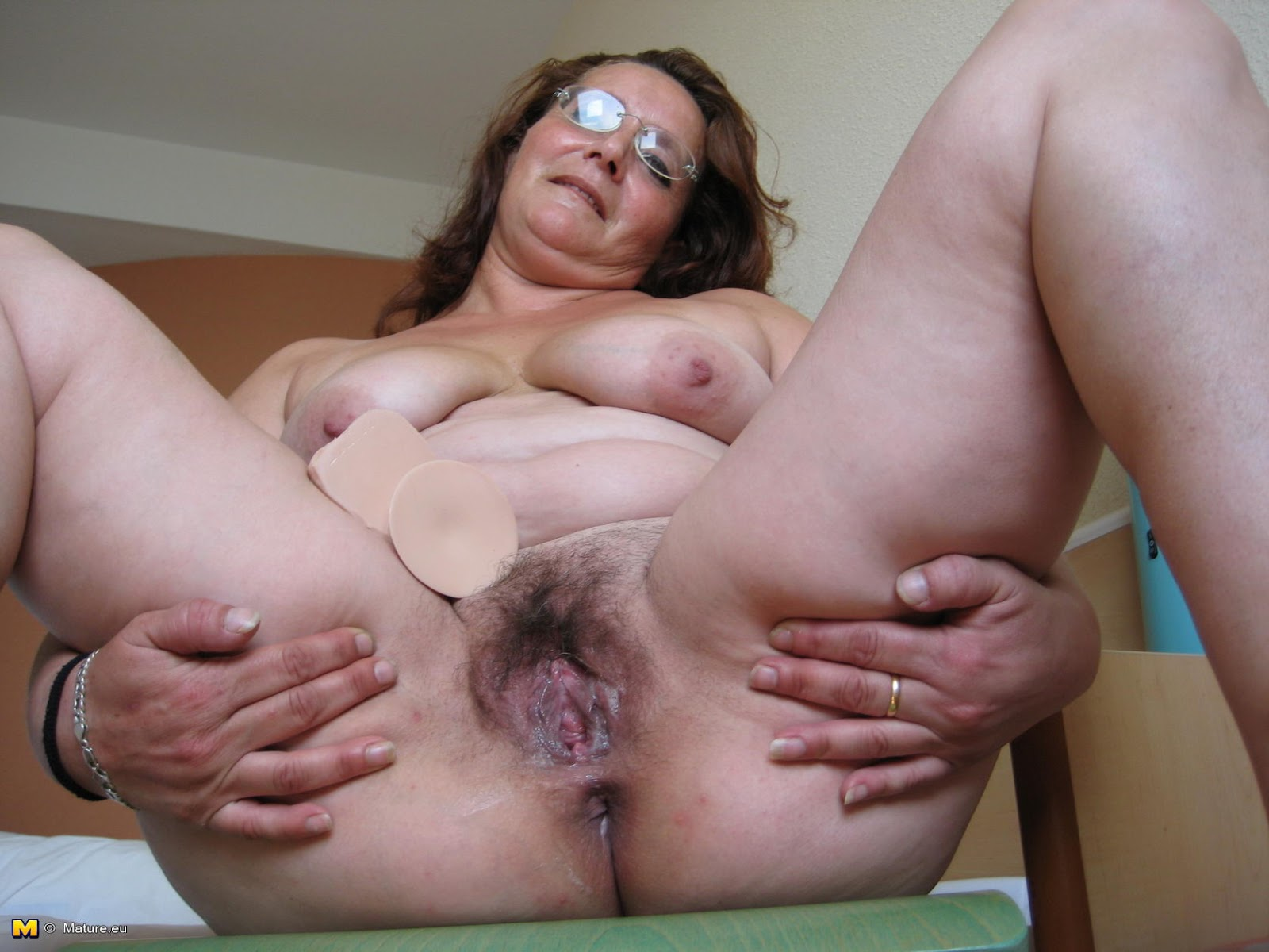 archive of old women: Solo Mature Latina (request)