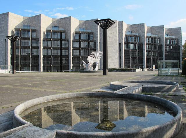 Architektur der Nachkriegsmoderne