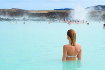 Guide essentiel du Blue Lagoon en Islande: Comment s'y rendre, conseils et savoir-vivre