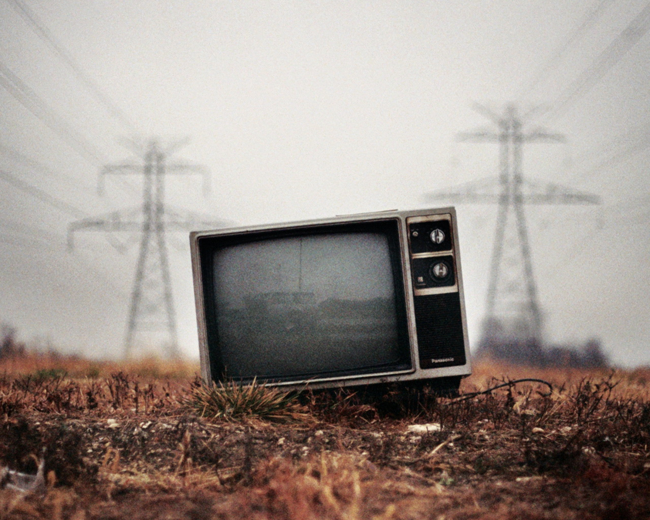 Amazing Old TV Photography Art Wallpaper | Top Quality Wallpapers