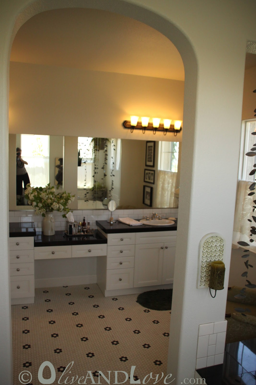 House Tour Master Bath: Olive And Love » Master Bath Home Tour