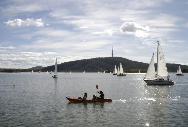 Lake Burley Griffin, Canberra, ACT © VisitCanberra  Lake Burley Griffin, Canberra, Australian Capital Territory