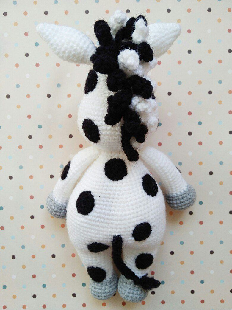 Вязаная игрушка зебра амигуруми