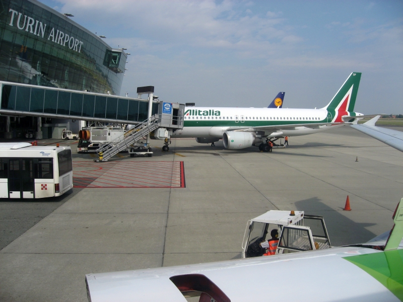 LisbonJet's Logbook: Turin Airport & Madeira Island