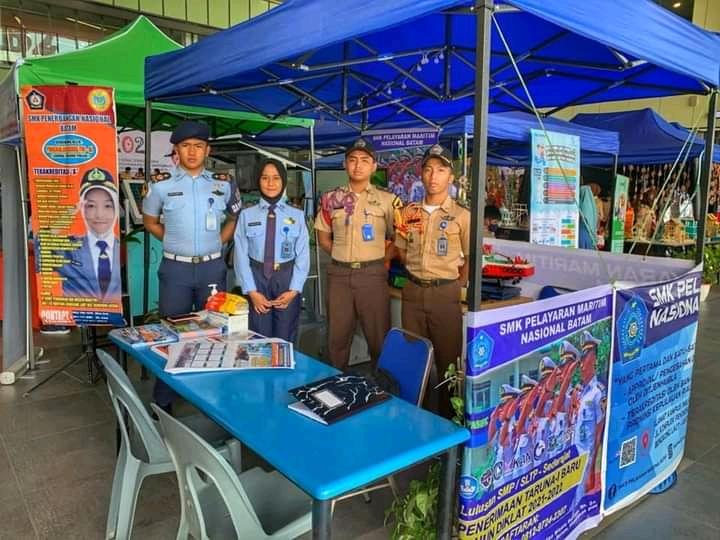 bhakti sosial pramuka kota batam dan pameran satuan pendidikan SMK Maritim Batam