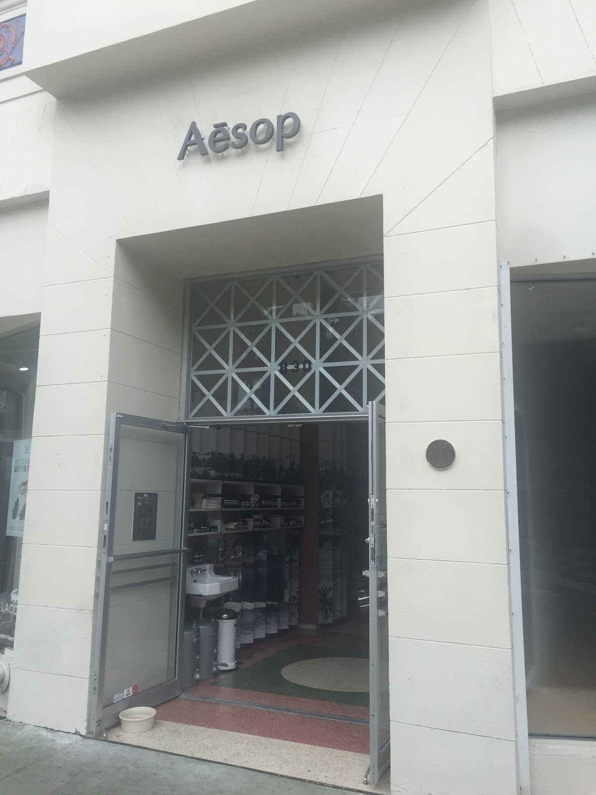 Aasop chanel, cupcakes,cameras and crayons: review: aesop