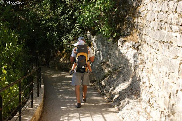 La via Crucis che dai santuari sale al Castello di Rocamadour
