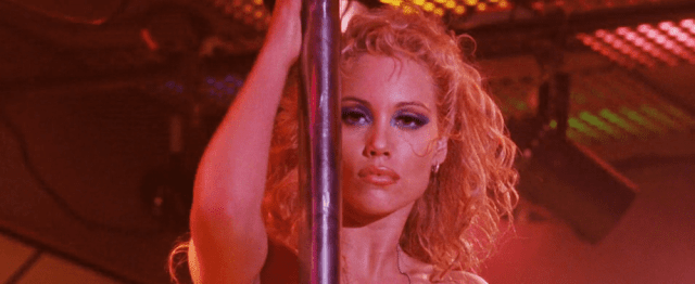 Showgirls 1995 movieloversreviews.filminspector.com