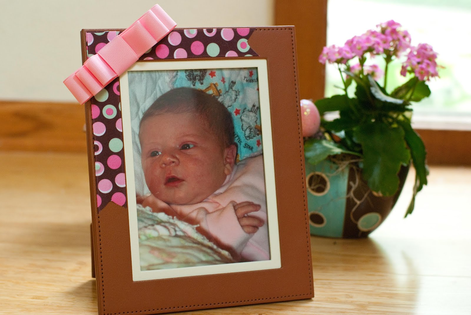 Decorate A Picture Frame With Ribbon Decoration For Home