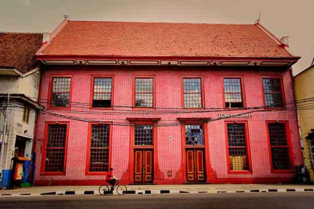 toko merah jakarta