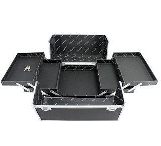 https://www.maquiadoro.com.br/maleta-profissional-de-maquiagem-preta-g-bjh17315-jacki-design-p1020614