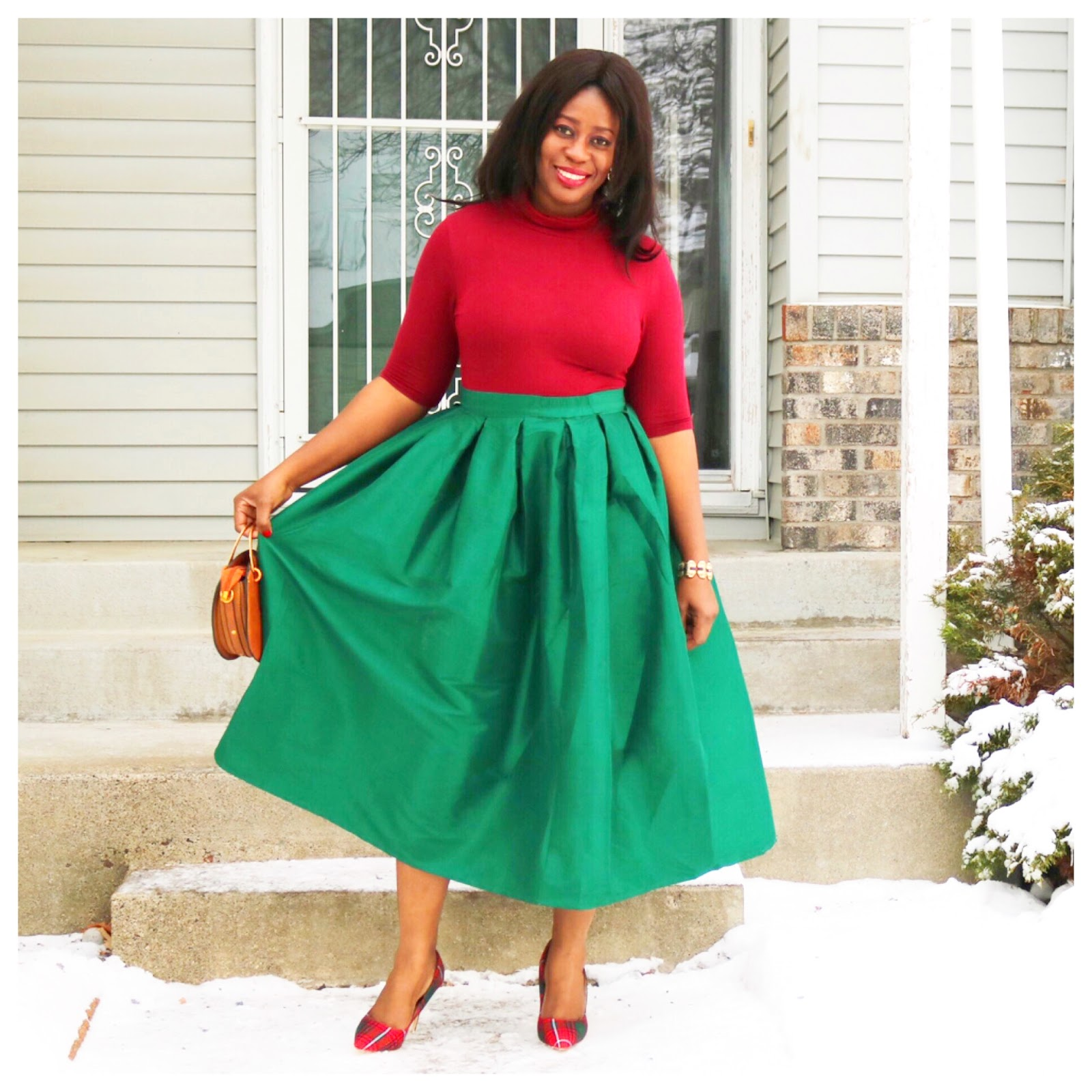 Beauty's Fashion Zone: Holiday Style: Green Circle Skirt