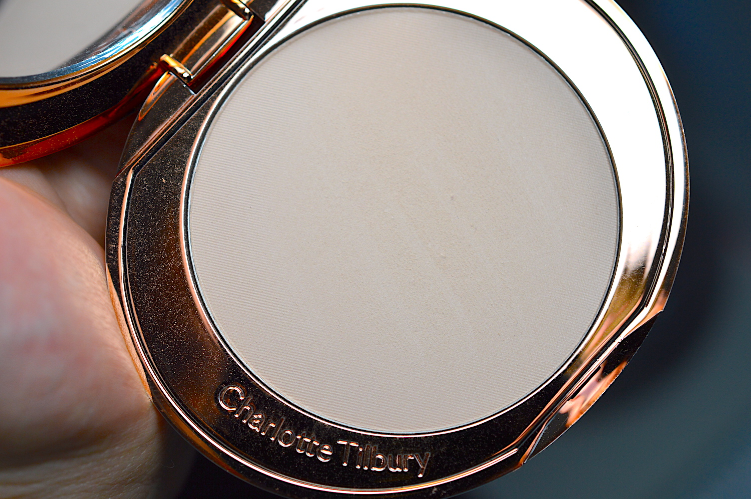 Airbrush Flawless Finish Powder Review