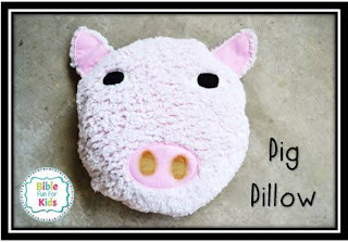 https://www.biblefunforkids.com/2019/08/easy-pig-pillow.html