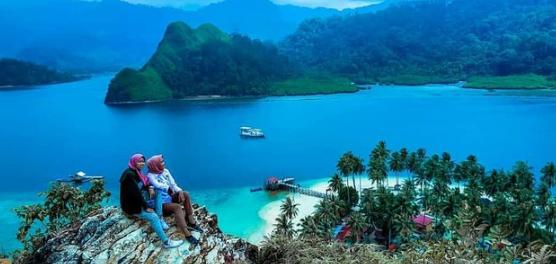 6 Tempat Wisata di Padang yang Wajib Anda Kunjungi