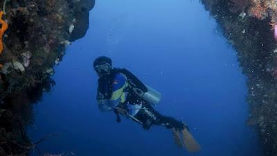 Menikmati Pagi Sembari Mengamati Keindahan Bawah Laut Pulau Monduli Boalemo
