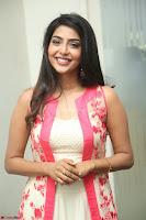 Aishwarya Lekshmi looks stunning in sleeveless deep neck gown with transparent Ethnic jacket ~  Exclusive Celebrities Galleries 071.JPG