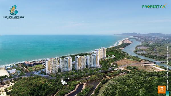 Nằm trong khu vực bát giác kim cương, Hồ Tràm giàu tiềm năng về phát triển du lịch cũng như bất động sản nghỉ dưỡng.