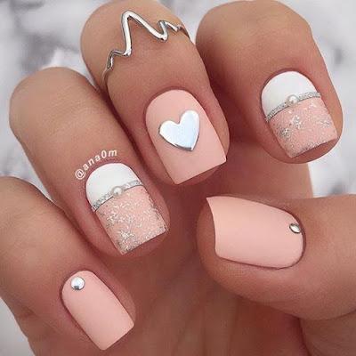 nail art cor de rosa