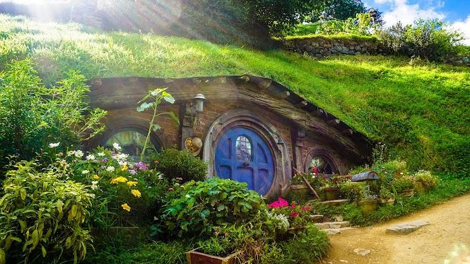 Un hobbit, por J.R.R. Tolkien