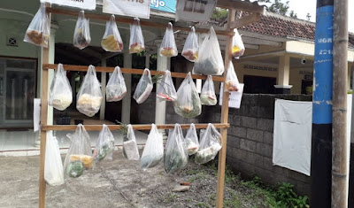 Peduli di Tengah Pandemi Covid-19, Aisyiah Sendangrejo Lakukan Sedekah Harian