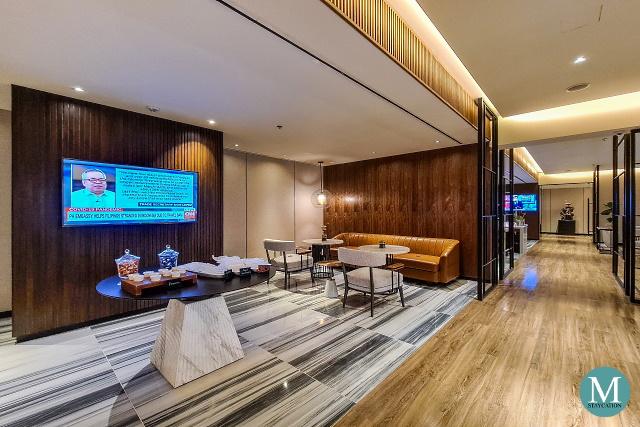Sheraton Club Lounge at Sheraton Manila Hotel