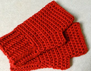 http://translate.googleusercontent.com/translate_c?depth=1&hl=es&rurl=translate.google.es&sl=en&tl=es&u=http://two-little-cs.blogspot.com.es/2013/01/simple-fingerless-gloves-pattern.html&usg=ALkJrhgIsRawD-ti0lRNd6Nl0TZK3MjHSw